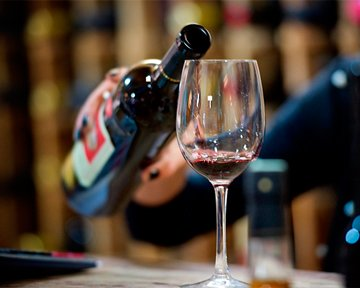 Употребление алкоголя в юности, сердечно-сосудистые заболевания и инсульт: есть ли связь?
